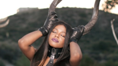 "Azealia Banks: Behind-the-Scenes of Her ""Liquorice"" Video"