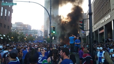 No Embellishment: Canucks Fandom Sucks