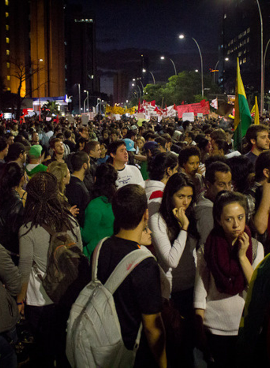 A Hundred Thousand People Marched in São Paulo Monday