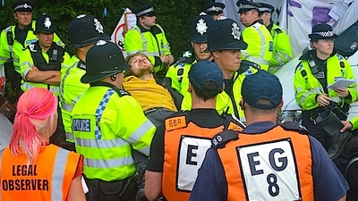 Anti-Fracking Protesters Are Still Having a Pretty Torrid Time in Balcombe