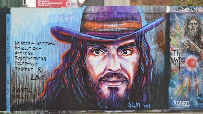 What Do the British Think of the New Russell Brand Graffiti?