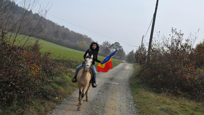 Fighting Chevron's Fracking SUVs on Horseback