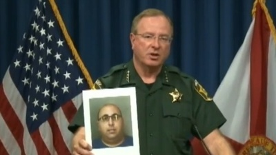 A Sketchy Florida Sheriff Says Child Molesters Have Been Working at Disney World