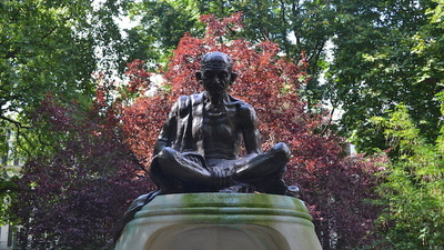 Activists Want to Block a Statue of 'Sexual Weirdo' Gandhi Being Built in London