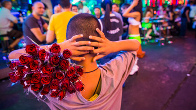 The Exploited Kids Selling Roses to Tourists on Bangkok's Khaosan Road