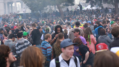 The Battle in Colorado Over the Right to Smoke Weed at Movie Screenings and Comic-Cons