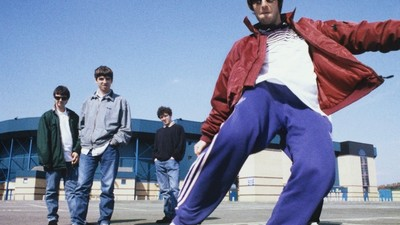 Shit Pubs, 'Loaded' and the Gallagher Brothers: Chris Floyd Shot the Height of Britpop