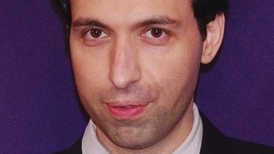 'Girls' Star Alex Karpovsky Talks 'Tired Moonlight' and Multi-Tasking Like Lena Dunham