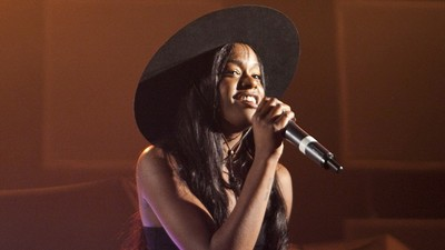 My Bizarre Twitter Beef with Azealia Banks and Her Homophobia