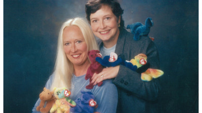 Jealousy, Greed and Soccer Moms: Exploring the 'Great Beanie Baby Bubble' of the 90s
