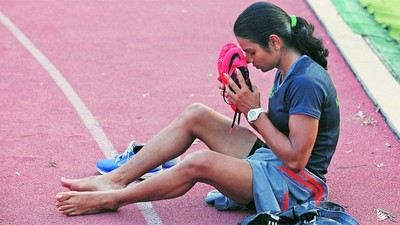 A Sprinter's Fight to Prove She's a Woman