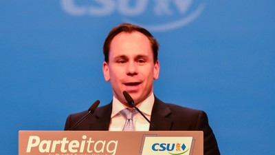 CDU/CSU: Still not loving the Gays
