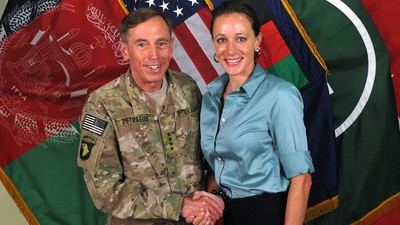 David Petraeus to Plead Guilty to Giving His Mistress Access to His Classified 'Black Books'