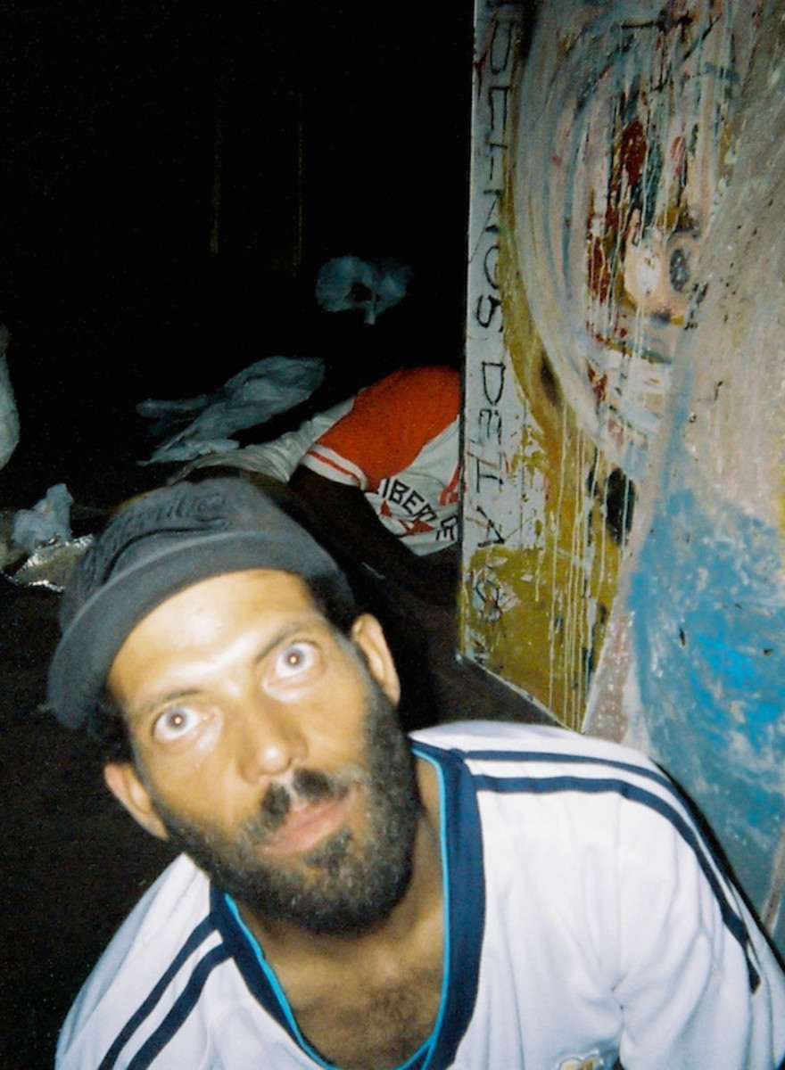 Photos from Inside São Paulo's Most Secretive Street Drugs Market