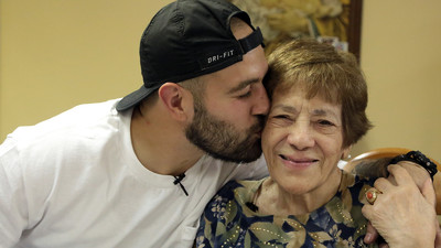 How-To: Make Chicken Cutlets with Frank Pinello and His Nonna