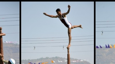 The Dizzying, Acrobatic Sport of Yoga on a Pole