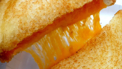 A Survey Suggests Grilled Cheese Lovers Have Lots of Sex, Meaning Everyone On Earth Is Having Lots of Sex