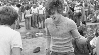 Amazing Photos of Rolling Stones Fans at a 1978 Concert