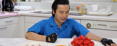 Watch This Japanese YouTube Superstar Feast on Salamanders and Surströmming