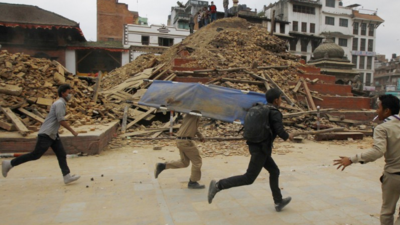 Videos Show Huge Tremors and Utter Devastation After Earthquake in Nepal