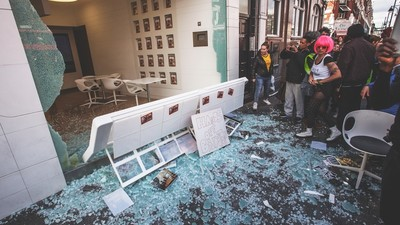 London Police Tear Gassed Some Window-Smashing Yuppie-Haters This Weekend