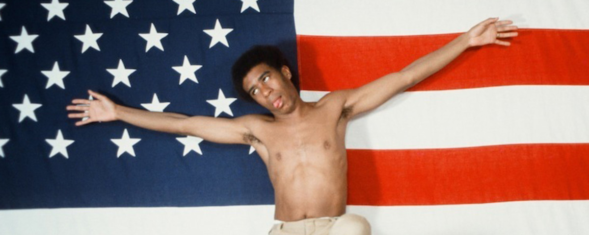 'Becoming Richard Pryor' Is a Nuanced Biography on the Comedy Icon