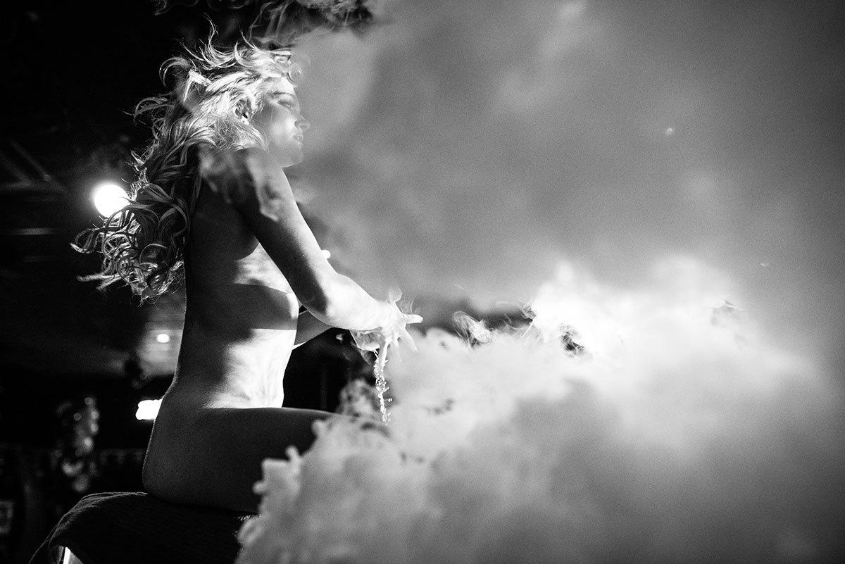 Crazy Horse Miss Nude Australia