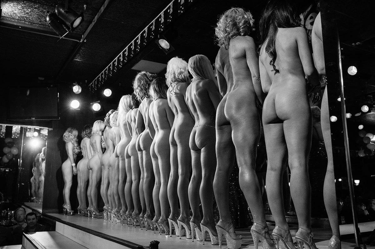 ebony strippers in canada